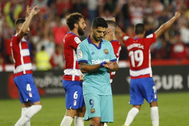 Los jugadores del Granada CF celebran la victoria contra el Barça | Foto: Antonio L. Juárez / Photographers Sports