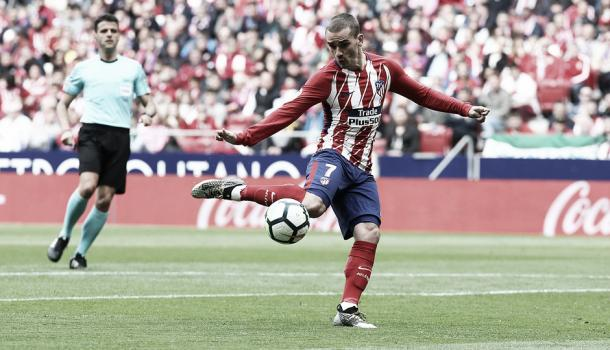 Antoine Griezmann marcando el segundo gol | Atlético de Madrid