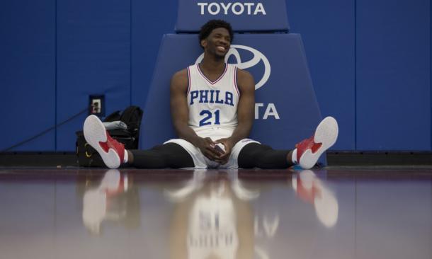 Joel Embiid, ya recuperado, quiere demostrar que no se equivocaron en su pick. / Foto: NBA.