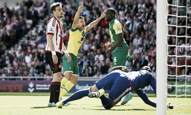 Fellow relegation rivals Norwich humbled Sunderland in their first home game of the season. (Photo: Guardian)