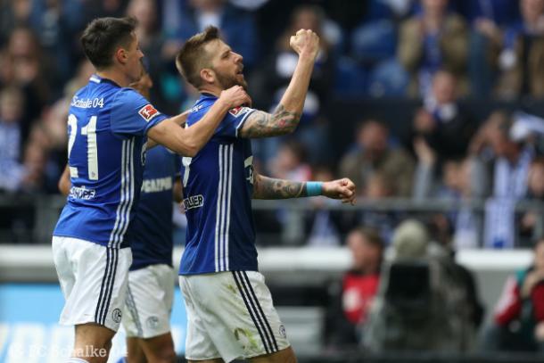 Burgstsaller celebrando uno de sus goles | Foto: Schalke 04