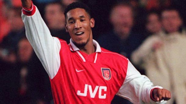 Un jovencisimo Nicolas Anelka, capatado por Wenger para el Arsenal (Foto: arsenal.com)