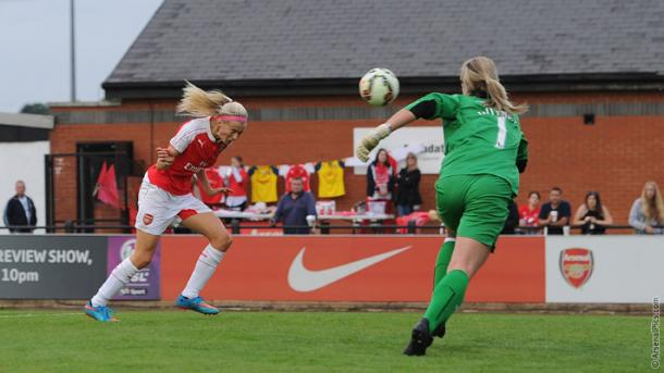 Kelly scores on her debut (Photo credit: Arsenal.com)