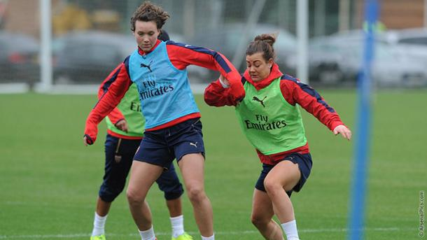 Henning in training with Rose (Credit: Arsenal FC)