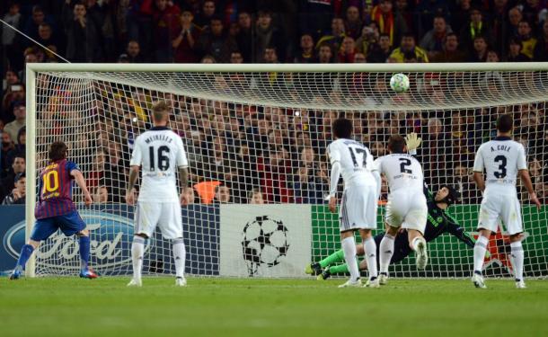 Messi sempre sofreu contra os Blues | Foto: Getty Images