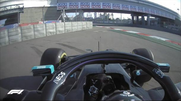 Salida de pista de Hamilton. Foto: F1