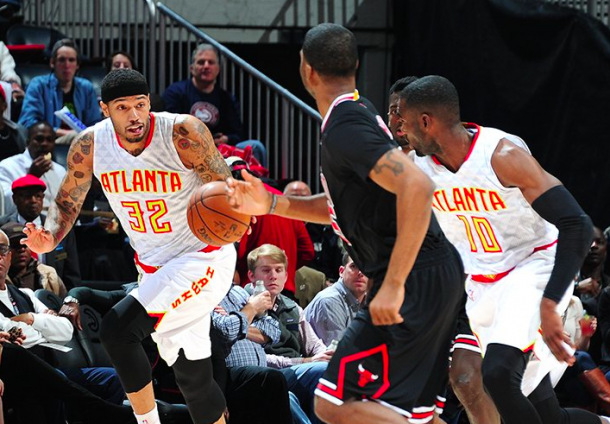 Hawks maintain lead over Bulls at home. Getty Images