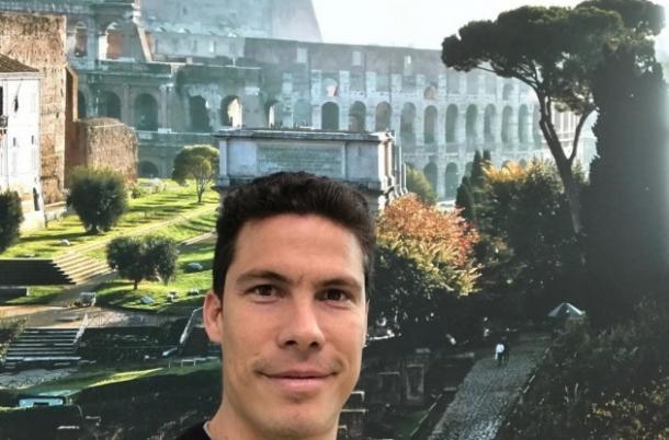 Hernanes saluta su Instagram davanti al Colosseo, www.instagram.com