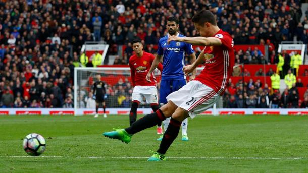 Il tiro di Herrera che vale il 2-0, www.premierleague.com