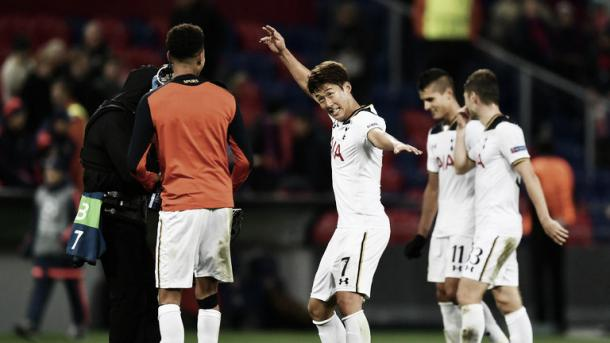 Son esulta dopo il gol decisivo dell'andata | premierleaguepreview.co.uk
