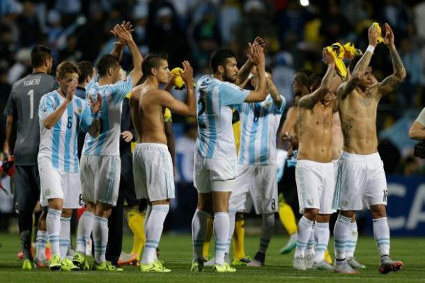 Argentina thanking their fans for their support after losing to Chile in the final of the 2015 Copa América. Photo provided by Jorge Saenz-Associated Press.