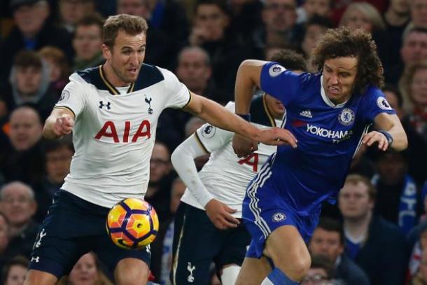 Kane y Luiz. Foto: Sky Sports