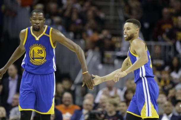 Finals NBA, Durant e Curry: la nuova coppia d'oro del basket USA!