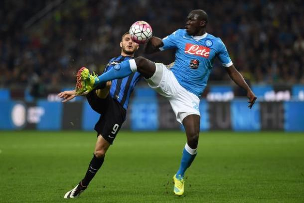 Koulibaly battles with Icardi | Photo: bleacherreport.com