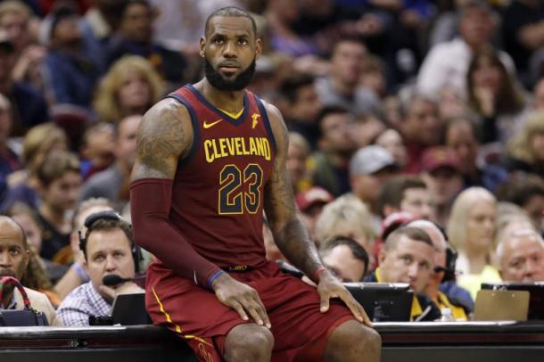Los Cavaliers nunca habían parecido tan perdidos. | Fotografía: Tony Dejak / Associated Press