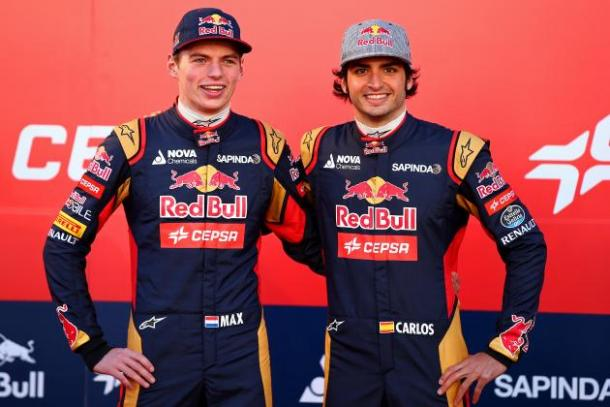 Max Verstappen e Carlos Sainz Jr (foto: da web)