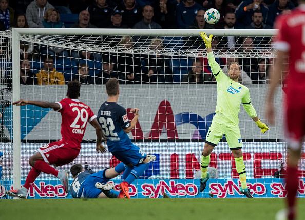 Baumann também foi importante (Foto: Getty Images Sport/Simon Hofmann)