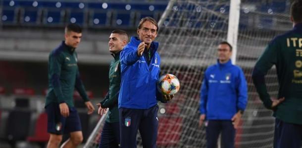 Mancini em busca da nona vitória consecutiva: