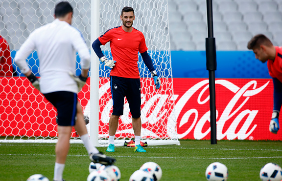 Lloris, who was in good form domestically with Spurs, will look to continue to do so with his native France. | Photo: Getty