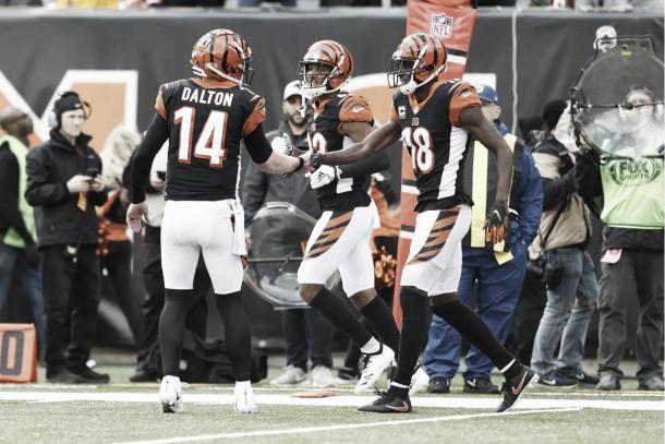 Dalton, Boyd y Green machacaron la defensa de los Buccaneeres en la primera parte | Foto: Bengals.com