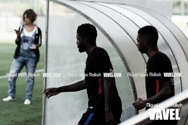 Dembélé junto a Umtiti en el entrenamiento | Foto: Miguel López Mallach, VAVEL