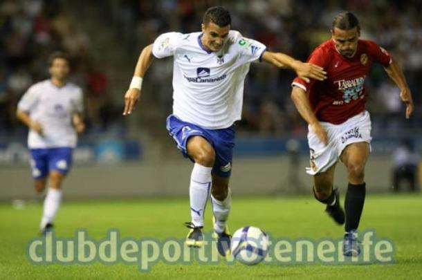 Un joven Iriome en su etapa como tinerfeñista. Fuente: clubdeportivotenerife.es