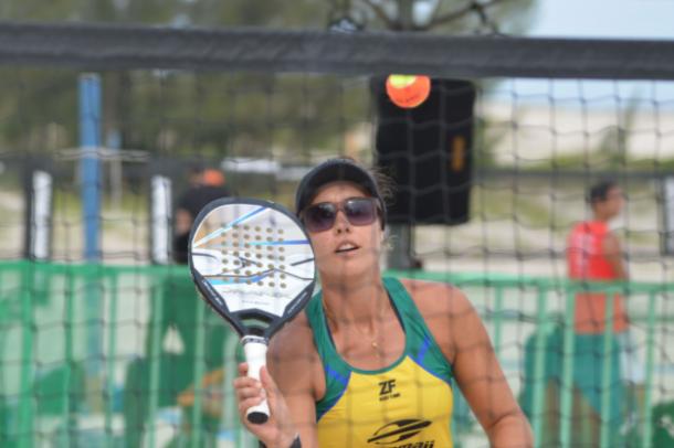 Rafaella Miller é a melhor brasileira do Beach Tennis (Foto: Cleon Medeiros)