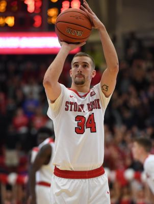 Woodhouse helped fill the void by Jameel Warney, leading Stony Brook to a 12-win conference season/Photo: Kathleen Malone