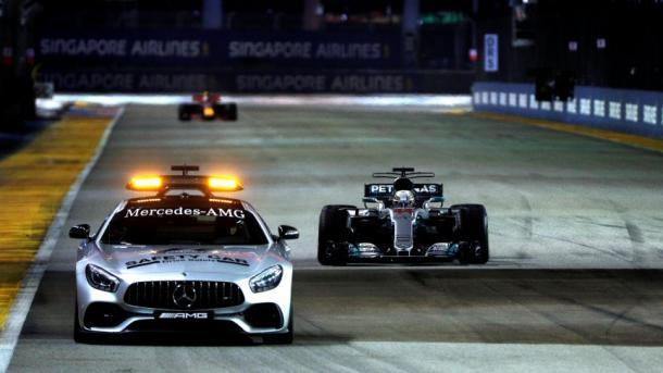 Hamilton tras el SC. Foto: F1. com