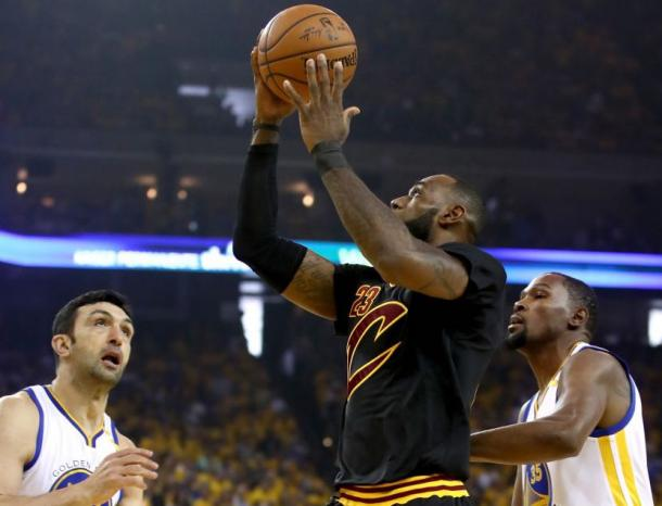 LeBron James #23 of the Cleveland Cavaliers goes up for a basket against the Golden State Warriors in Game 2 of the 2017 NBA Finals |Source: Getty Images / Ezra Shaw|