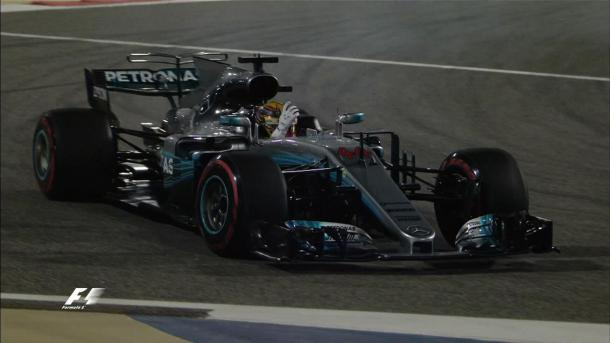 Lewis Hamilton was unable to get a clean lap in, and was blocked by Nico Hulkenberg at Turn 10 and made his feelings about it known. (Image Credit: @F1 Twitter)