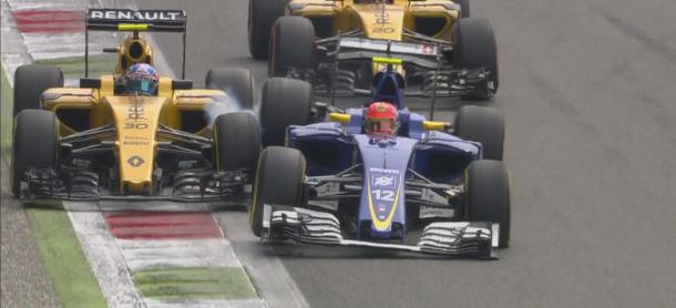 Jolyon Palmer wasn't best pleased when Felipe Nasr was careless and crashed into him, wrecking both their races. (Image Credit: @F1 Twitter)