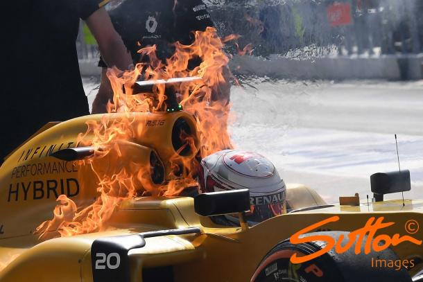 A fuel system glitch was suspected to have caused Kevin Magnussen's Renault to burn uncontrollably for 10 minutes. (Image Credit: Sutton Images)