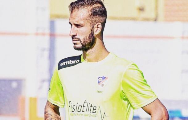 Josema durante un entrenamiento | Foto: Fuente Linares Deportivo