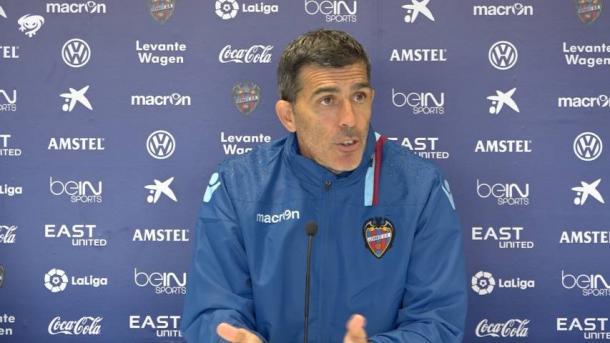 Muñiz, entrenador del Levante (Foto: Levante UD)