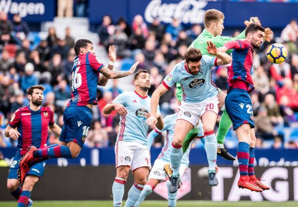 Choque entre Levante y celta (Foto: levanteud.com)
