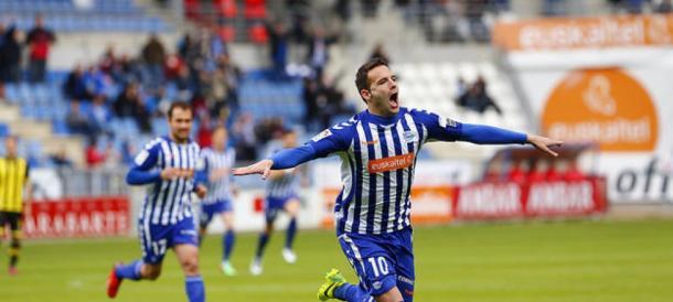 Borja Viguera, celebrando uno de sus goles. Fuente: elconfidencial.com