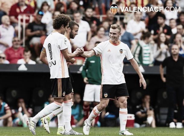 Araujo y Lato, durante el pasado duelo (fuente Valencia CF)