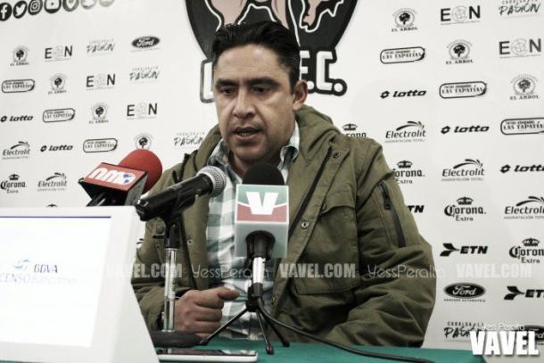 Omar Ramírez en conferencia de prensa | Foto: VAVEL