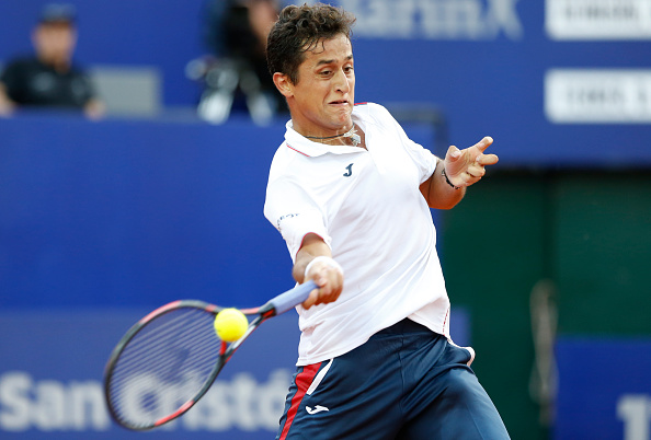 Nicolas Almagro hitting a forhand in his match at Buenos Aires against compatriot David Ferrer (Photo:Gabriel Rossi/Getty Images)
