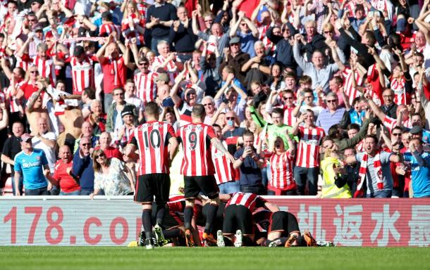 Defoe's strike last season sparked the Black Cats' fans into wild celebration as they again beat Newcastle. | Photo: Football Fan Zone