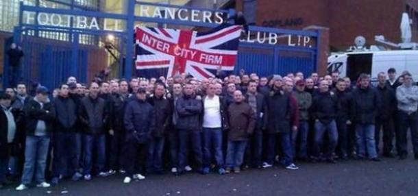 Miembros de la Inter City Firm en el estadio del Glasgow Rangers | Foto: Yanzgansper