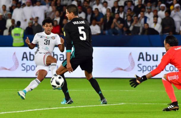Romarinho no momento do gol   Foto: Giuseppe Cacace/AFP/Getty Images