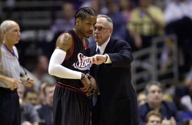 Allen Iverson y Larry Brown. Foto; Philadelphia 76ers