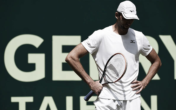 Even the big serve of Ivo Karlovic wasn't enough to beat Philipp Kohlschreiber in Halle. (Photo: Getty Images)