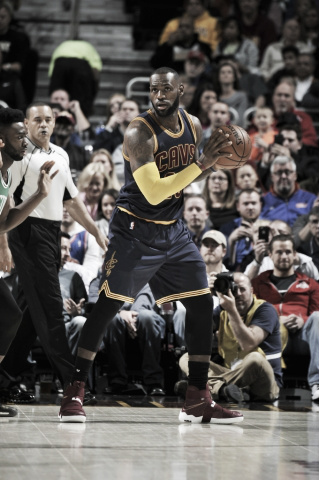 LeBron James entered the top 10 all-time scorers in NBA history. (David Liam Kyle/NBAE/Getty Images)