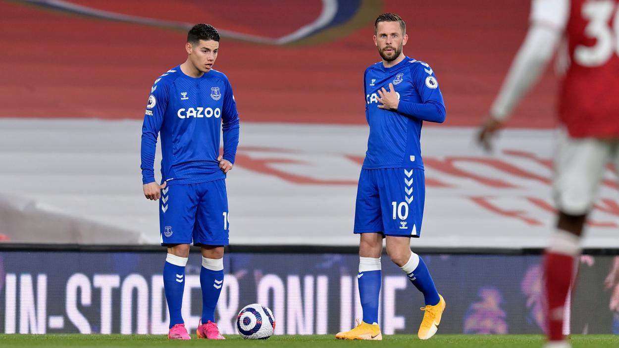James y Sigurðsson en un partido esta temporada / Foto: Everton