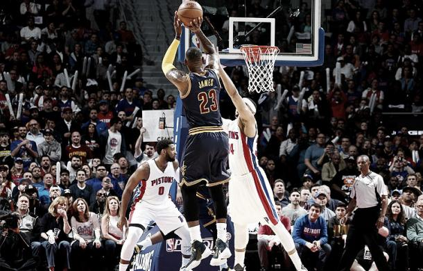 LeBron James of the Cleveland Cavaliers shoots over Tobias Harris of the Detroit Pistons. (Nathaniel S. Butler/NBAE/Getty Images)