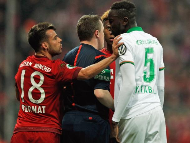 Tensions ran high during Tuesday's semi-final. | Photo: kicker - Getty IMages