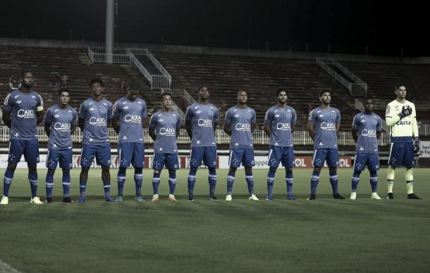 Após 7 anos na base do Cruzeiro, Murilo fez sua estreia como profissional em um jogo oficial (Foto: Geraldo Bubniak/Light Press)